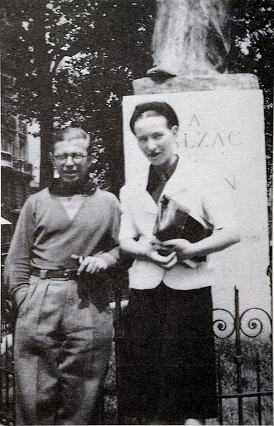 File:Sartre and de Beauvoir at Balzac Memorial.jpg