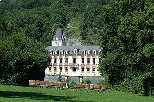 Schloss_Hernstein.jpg