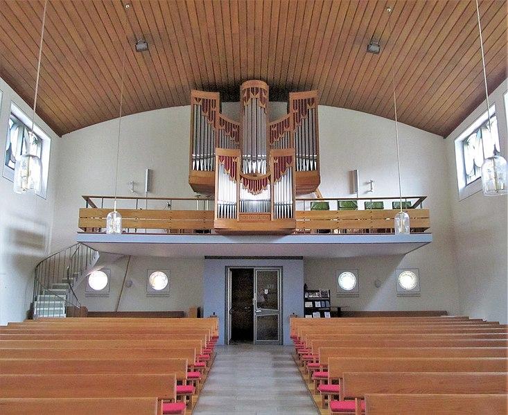 Datei:Schwarzenacker Christuskirche Innen 02.JPG