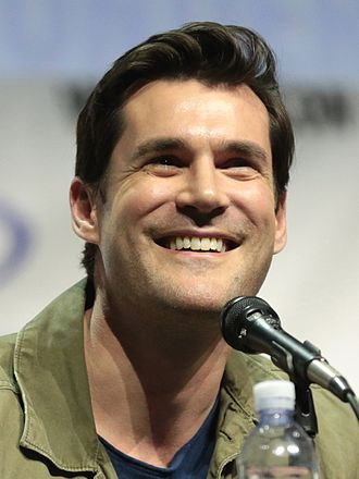 Sean Maher - Maher speaking at the 2017 WonderCon