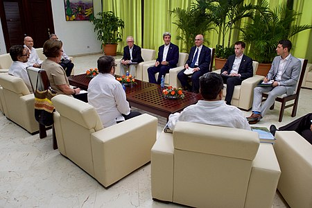 Secretary Kerry Meets With FARC Leaders in Havana, Cuba (25851756042).jpg