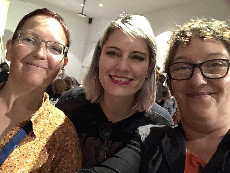 File:Selfie gender gap à la Wikiconventjon.pg.jpg