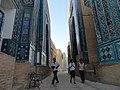 Shahr-i-Zindah, Samarkand, Uzbekistan (6134433534).jpg