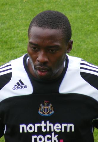 Shola Ameobi - Ameobi warming up for Newcastle United in 2008