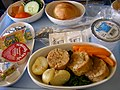 Singapore Airlines inflight meal.jpg