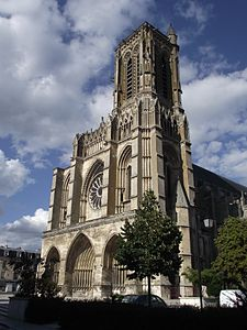 Soissons, Cattedrale Ss. Gervasio e Protasio.jpg