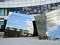 Spiegelobjekte auf dem Jan-Wellem-Platz in Düsseldorf vor Breuninger 15.jpg