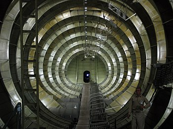 English: The inside of the Spruce Goose, Everg...