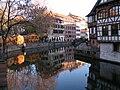 Straßburg Weihnachtsmarkt Petite France.JPG