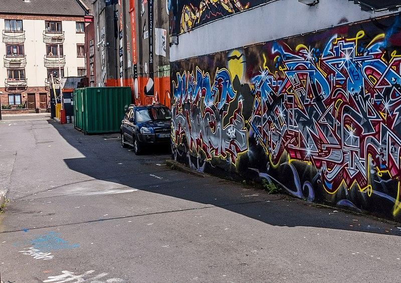 File:Street Art, Tivoli Car Park (Francis Street) - panoramio (37).jpg