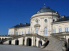 Palacio Solitude (Stuttgart, Alemania) - un exponente de la arquitectura Rococó en la Alemania meridional.