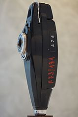 Stylophot subminiature viewfinder camera by Secam (profile), taken at FoMu Antwerp.jpg