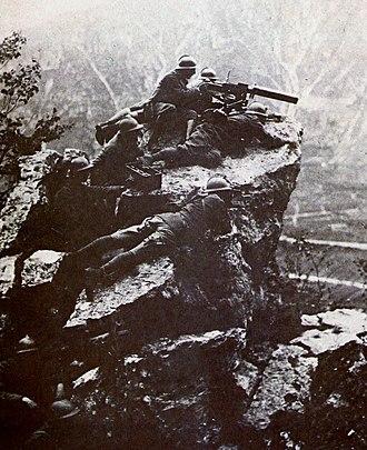 Battle of Vittorio Veneto - Italian machine gunners on Monte Grappa
