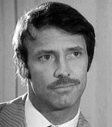 Thomas Hunter (actor) Thomas Hunter actor