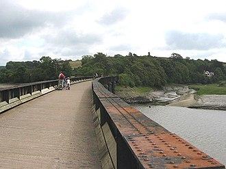 Tarka Trail - The Tarka Trail crossing the River Torridge, just south of Bideford, utilising the former railway bridge.