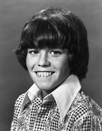 Mike Lookinland - Lookinland's most famous role was as youngest son Bobby Brady on the classic 70s sitcom The Brady Bunch.