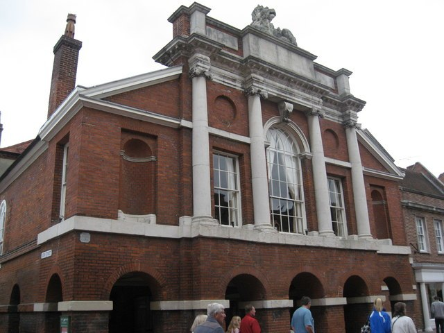 The Council Chamber and Assembly Room on the corner of North Street and Lion Street, Chichester - geograph.org.uk - 1539941