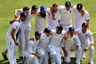 England cricket team - The England team celebrate victory over Australia in the 2015 Ashes series