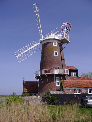 Cley Windmill - Image: The Windmill, Cley next the Sea, 5th May 2008 (3)