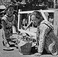 Titien Sumarni and Fifi Young in Sedarah Sedaging, Film Varia 1.8 (July 1954), p20.jpg