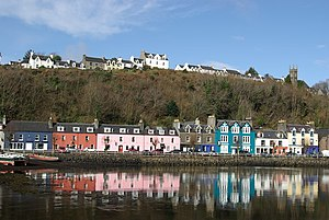 Tobermory reflections - geograph.org.uk - 1204749.jpg