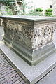 Tomb of John Tradescant and His Family in St Mary's Churchyard 2.jpg