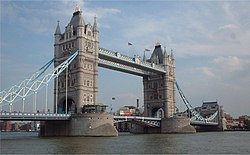 Daraja la minara (Tower Bridge) mjini London