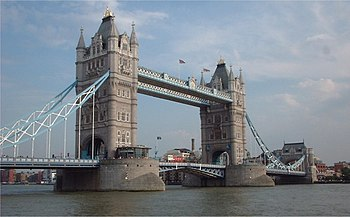 Tower bridge 01.jpg