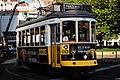 Tram 28 (39675936854).jpg