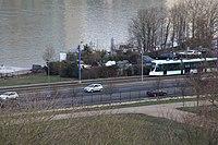 Tramway Ligne 2 vu depuis Parc St Cloud 4.jpg