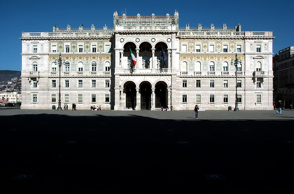 Trieste Palazzo del Governo 04032007 01