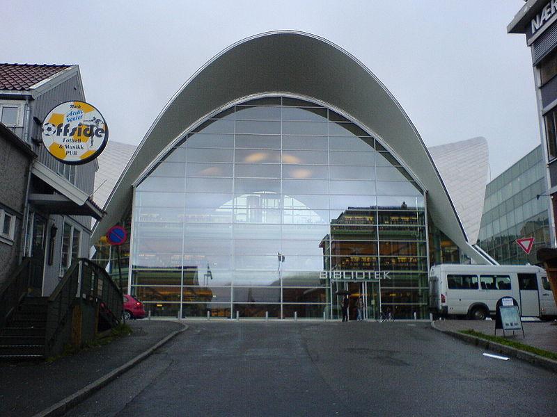 File:Tromsø library - 2005-09-13.jpg