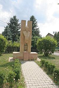 Trotina Masarykův památník.JPG