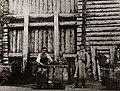 Tschechow, Anton - Drei Menschen in der Maschinerie des Strafvollzugs - der freie Arbeiter, der Sträfling und der Wächter (Zeno Fotografie).jpg