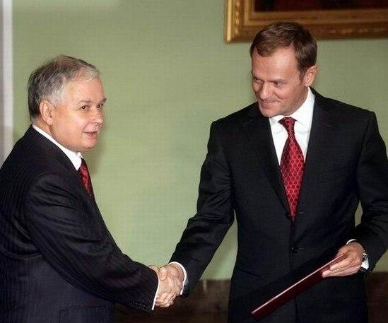 Tusk L Kaczynski 2007
