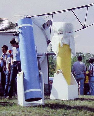 John Dobson (amateur astronomer) - Two amateur-built Dobsonian style telescopes on display at Stellafane in the early 1980s