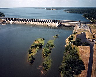 Neosho River - Fort Gibson Dam and Reservoir on the Grand River in Cherokee and Wagoner Counties, Oklahoma