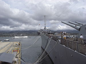 USS Missouri (BB-63), Pearl Harbour, Oahu, Hawaii, USA2.jpg