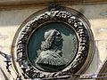 Un des 2 médaillons présents sur la façade sud de l'hôtel de ville de Lyon2.jpg