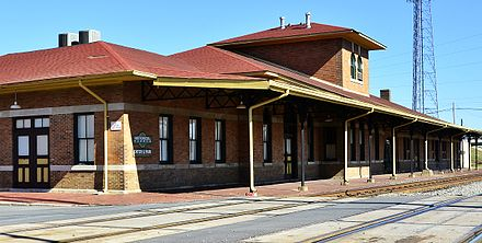 Union Station, listed on the NRHP Union Station Pine Bluff Arkansas.jpg