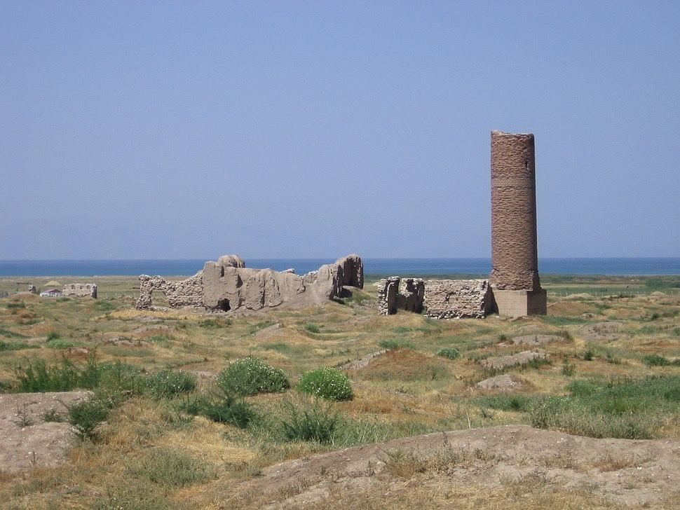 Van-Ruins at site of old Van-2005
