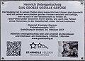 Velden Seepromenade Skulptur Das große soziale Gefüge Legende 05022020 8216.jpg