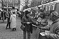 Verkiezingsmarkt op Spui in Amsterdam in verband met Provinciale Staten verkiezi, Bestanddeelnr 932-0534.jpg