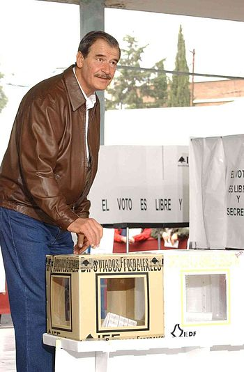 Vicente Fox voting