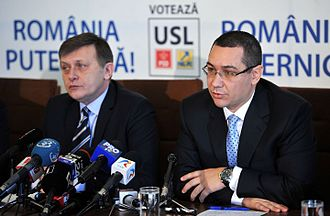 Victor Ponta - Ponta with PNL chief Crin Antonescu while the duo headed the Social Liberal Union