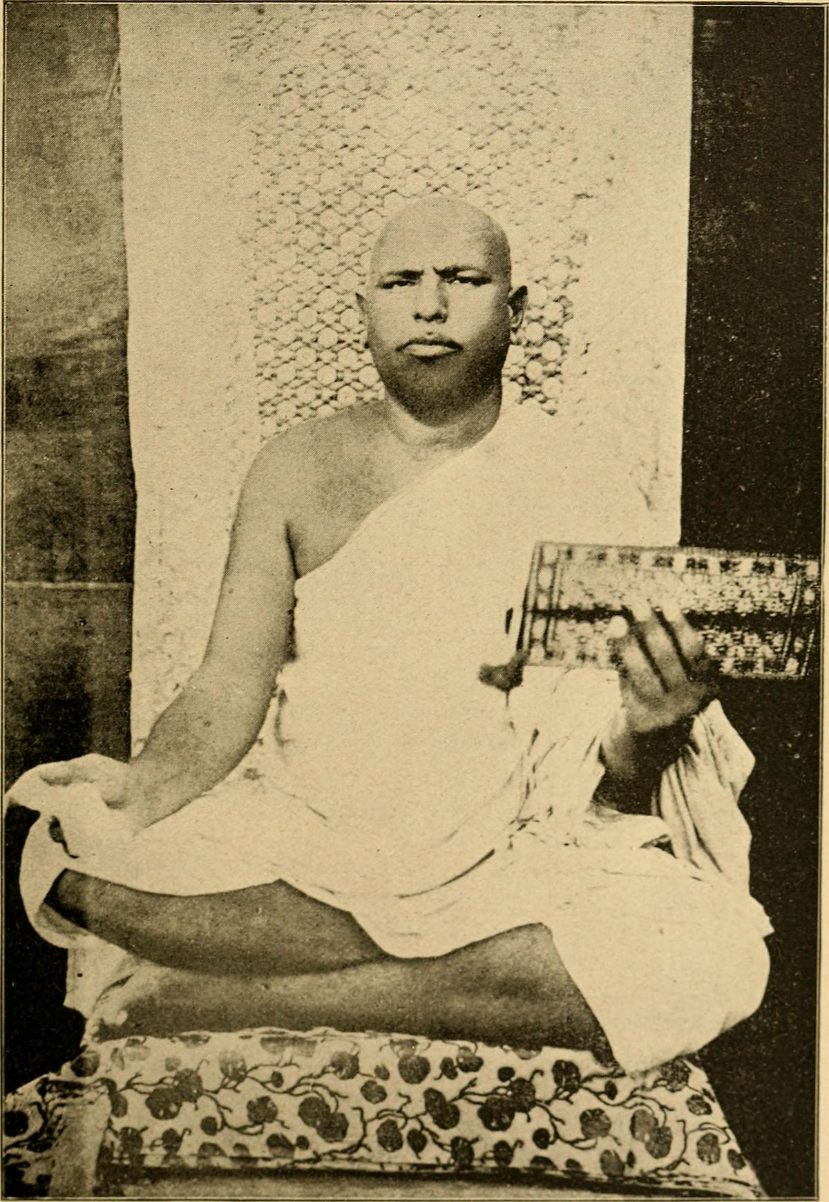 Vijayanandsuri - Wikipedia