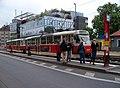 Vinohradská, zastávka Vozovna Strašnice, tramvaj XA.jpg