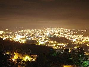 Vista Nocturna de Manizales