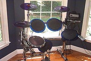 Electronic drum - Basic electronic drum set made by Pintech.