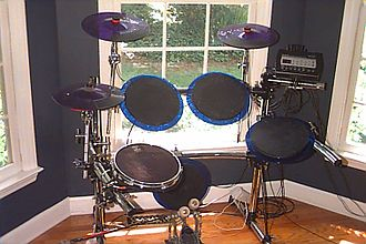 Electronic drum - Basic electronic drum set made by Pintech.